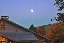 Moonset over #arrowmont early this morning! Studying #vessel and #basketry with #shannonweber and loving the #craftschoolexperience #tennessee #gatlinburg #huntermoon #fullmoon #supermoon #moonset